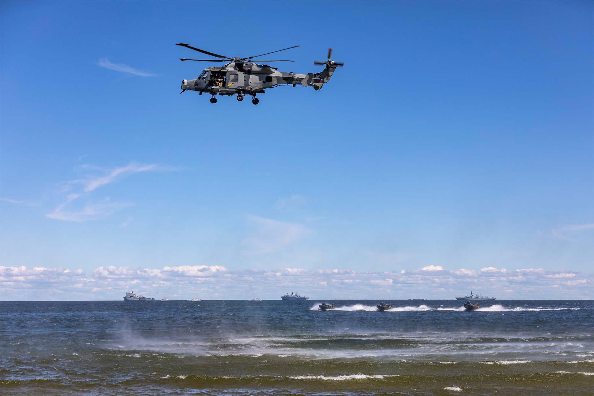 Ühendekspeditsiooniväe (JEF) meredessant Salmistul. 04.07.2019 Foto: Mattias Allik, Aivo Vahemets, Karl Alfred Baumeister